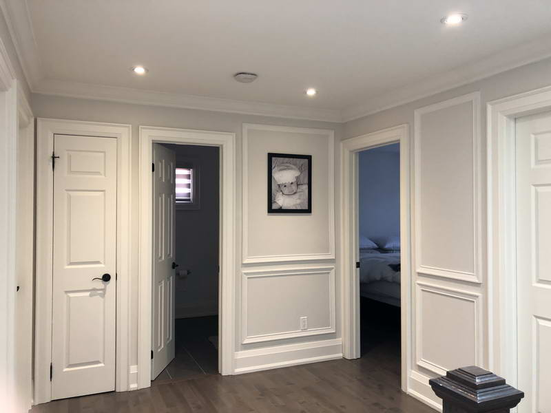 crown moulding and wainscot trim installation Toronto