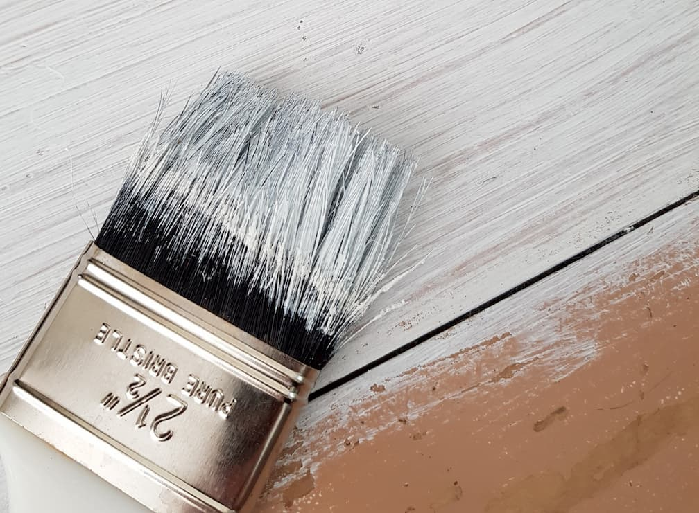 photo of painting crown moulding